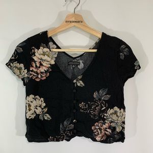 Kendall & Kylie crop top Size Small